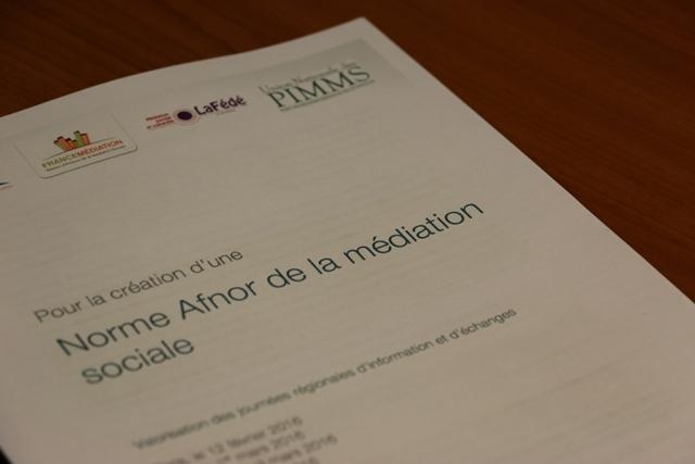 photo de la première de couverture pour la création de la norme AFNOR de la médiation sociale