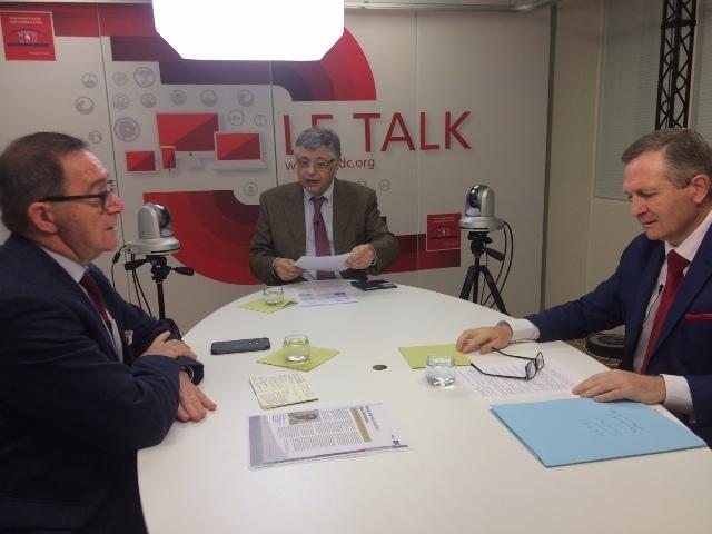 """Thierry Toutin participant à une interview """"Le Talk"""" sur le thème de l'intégration des collectivités, entreprises et citoyens dans la prévention de la radicalisation."""